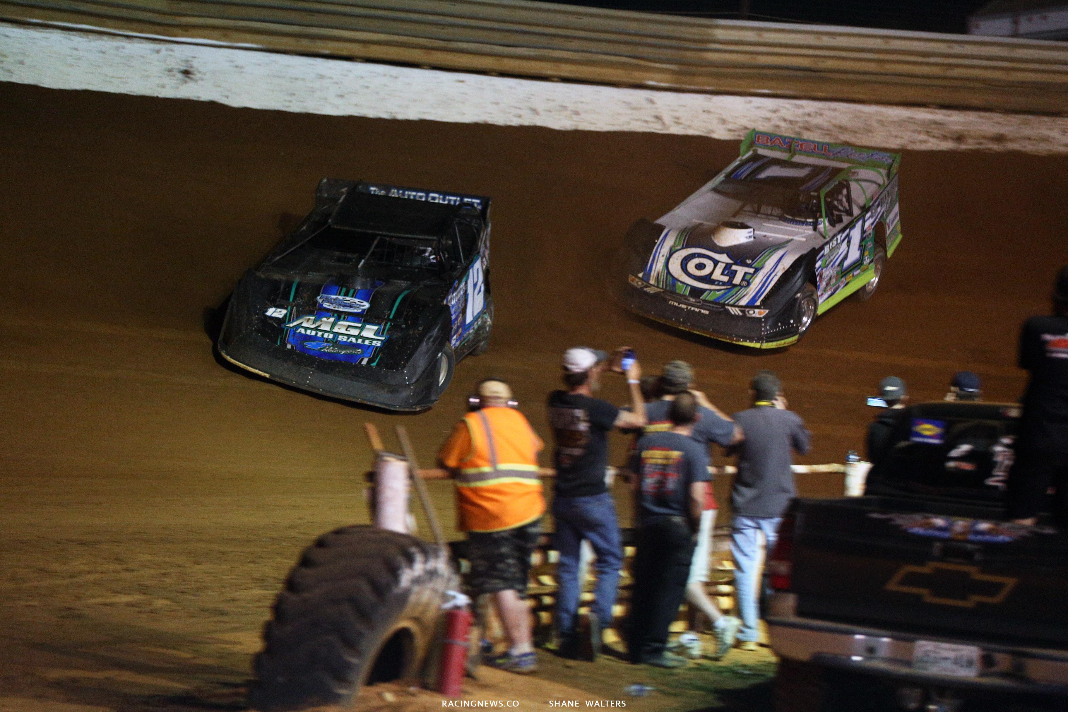 Jason Jameson and Josh Richards at Tazewell Speedway 5912
