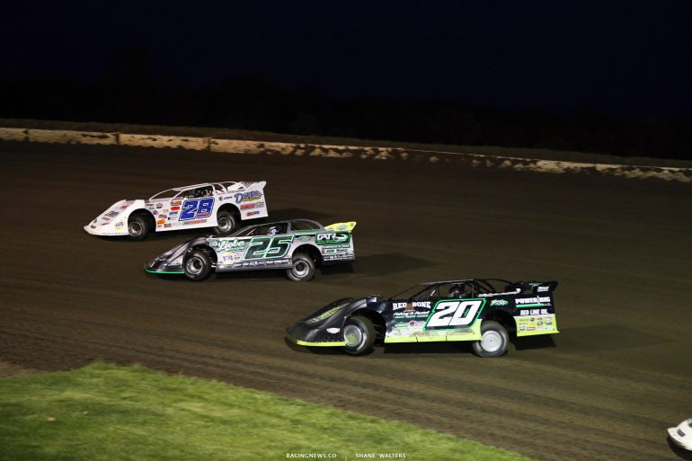 Jimmy Mars, Chad Simpson and Jimmy Owens at Deer Creek Speedway 7078