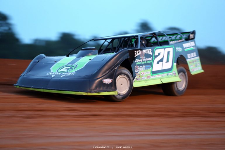 Jimmy Owens at Fayetteville Motor Speedway-6096