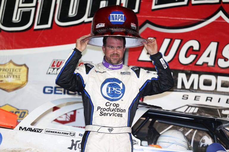 Jonathan Davenport in victory lane at Deer Creek Speedway 7272