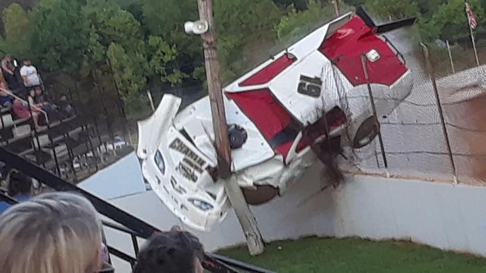 Lake Cumberland Speedway crash - Race car climbs catch fence