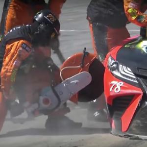 Martin Truex Jr pit crew saw