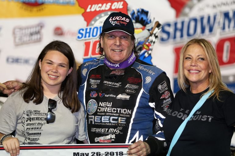 Scott Bloomquist in victory lane with his wife and daughter 9150