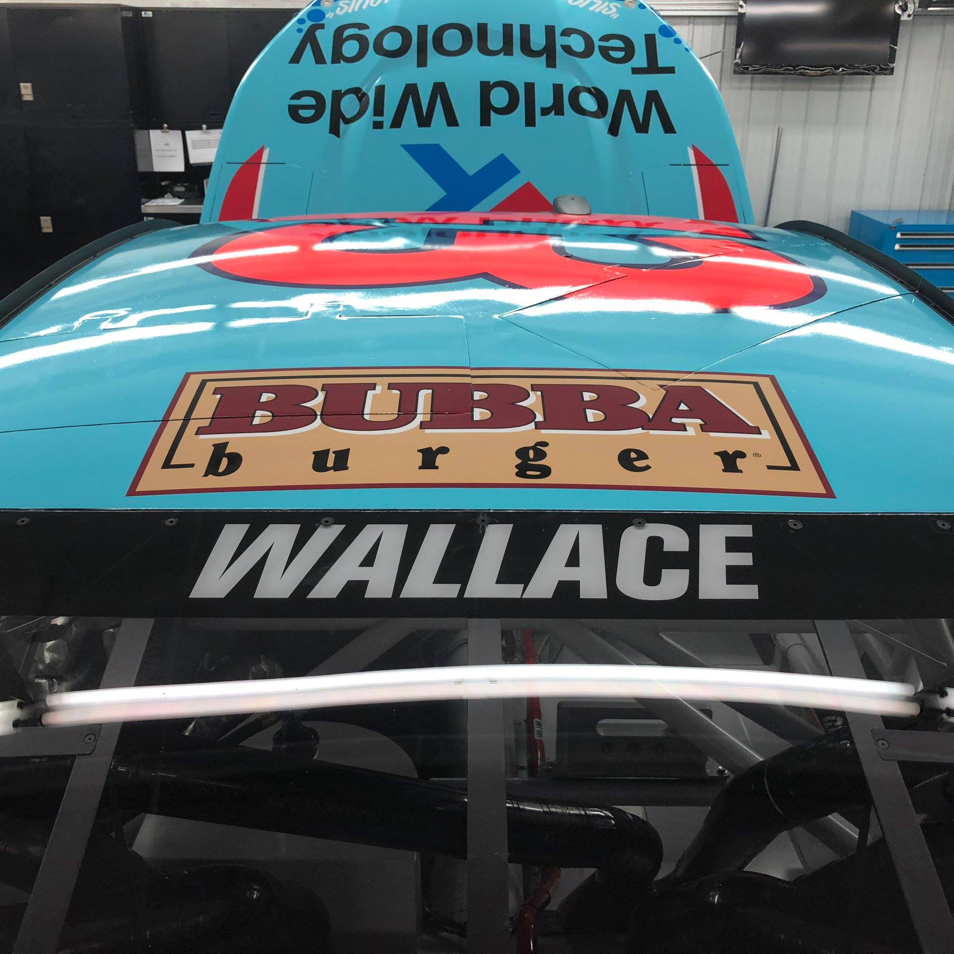 Bubba Wallace - Bubba Burger
