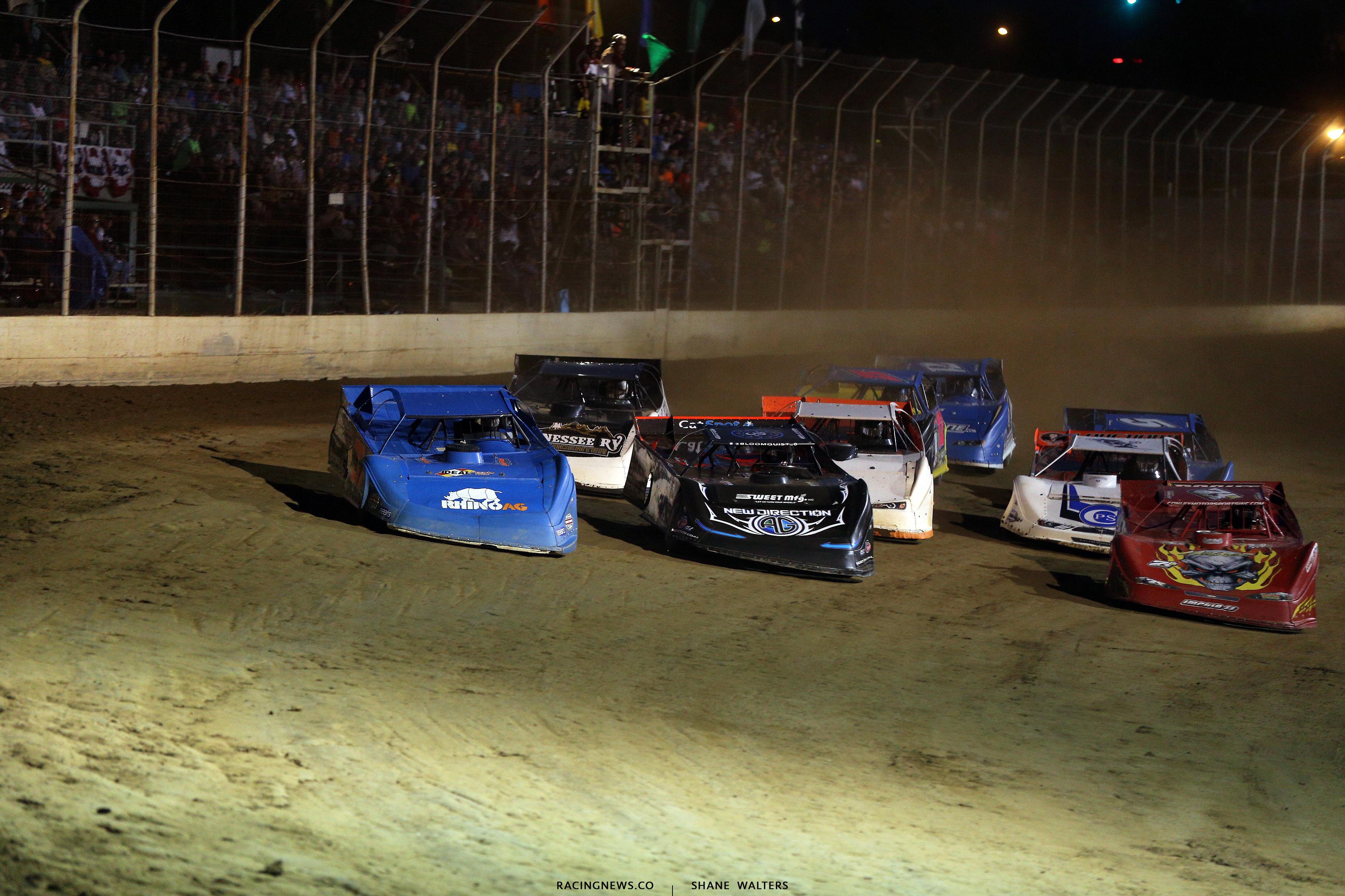 Dennis Erb Jr, Scott Bloomquist and Rod Conley at Portsmouth Raceway Park 9936