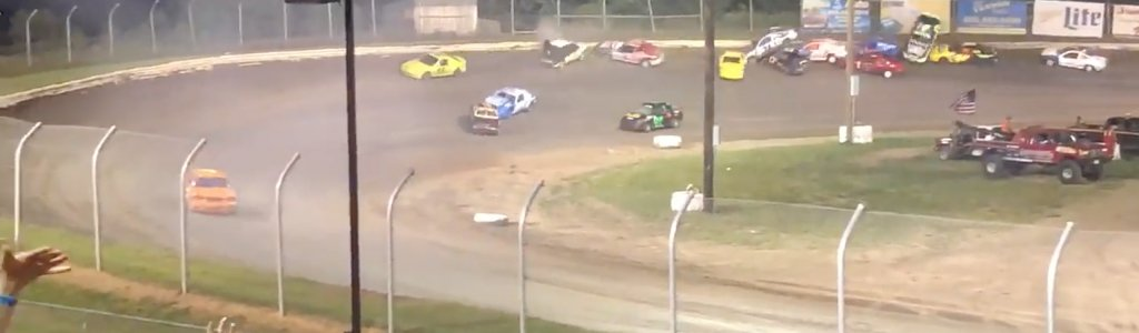 14 car pile up in the IMCA Sport Compact division at Eagle Raceway (Video)