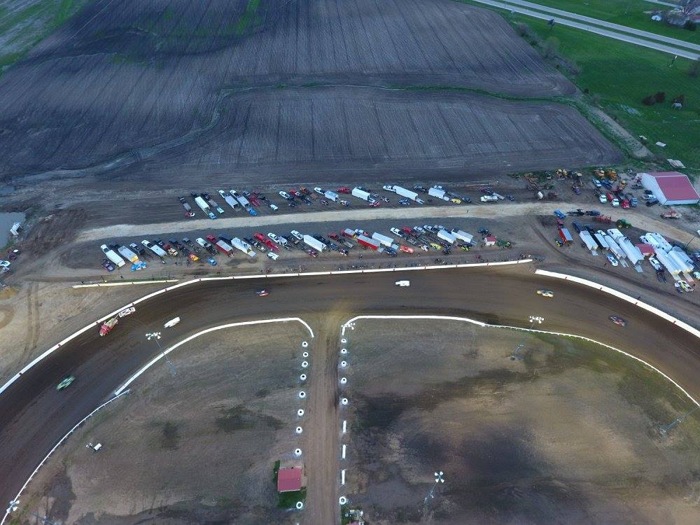 Farley Speedway - Dirt Track Racing