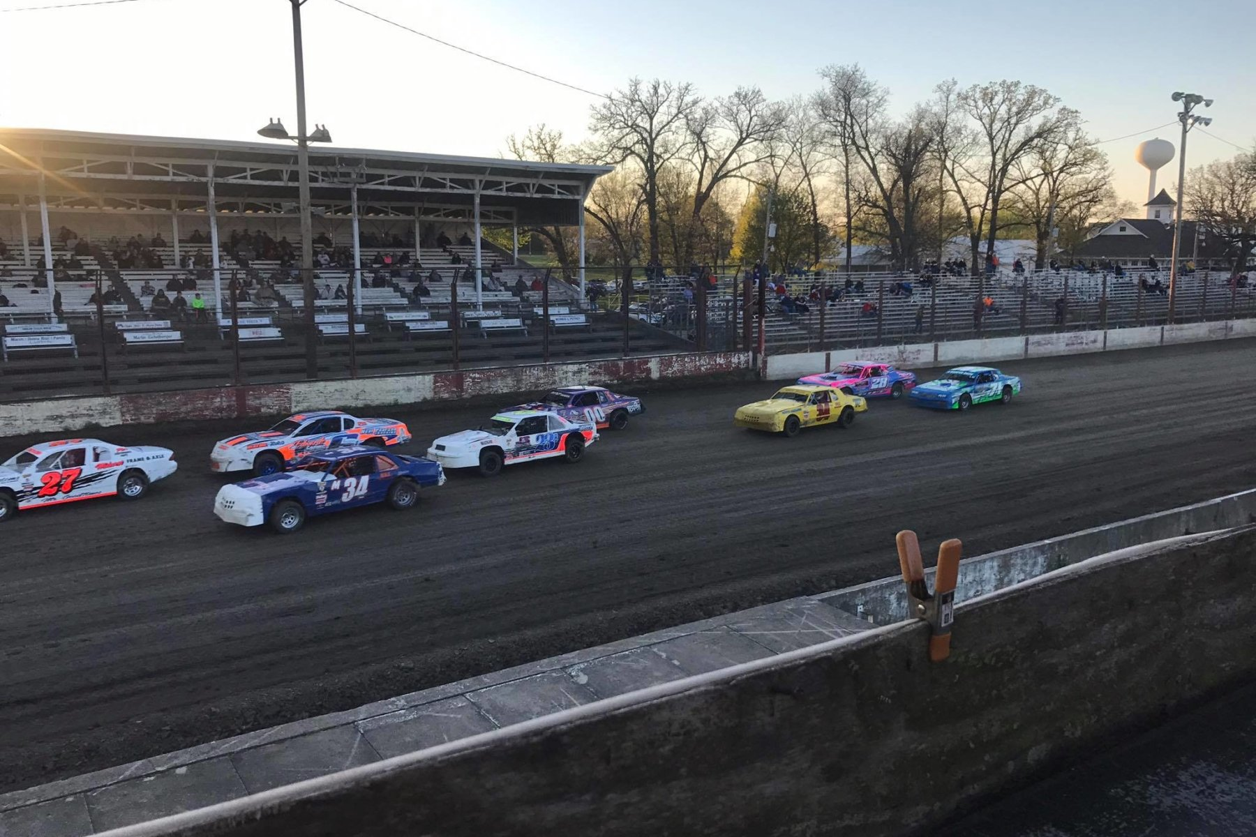 Farley Speedway - Dirt Late Model Racing