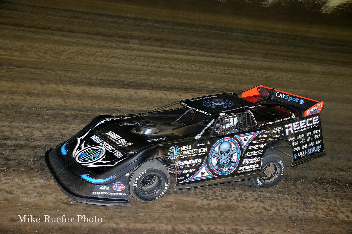 Scott Bloomquist leads at Eldora Speedway in the 2018 Dirt Late Model Dream