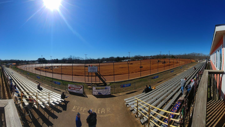 Tennessee National Raceway - Grandstands