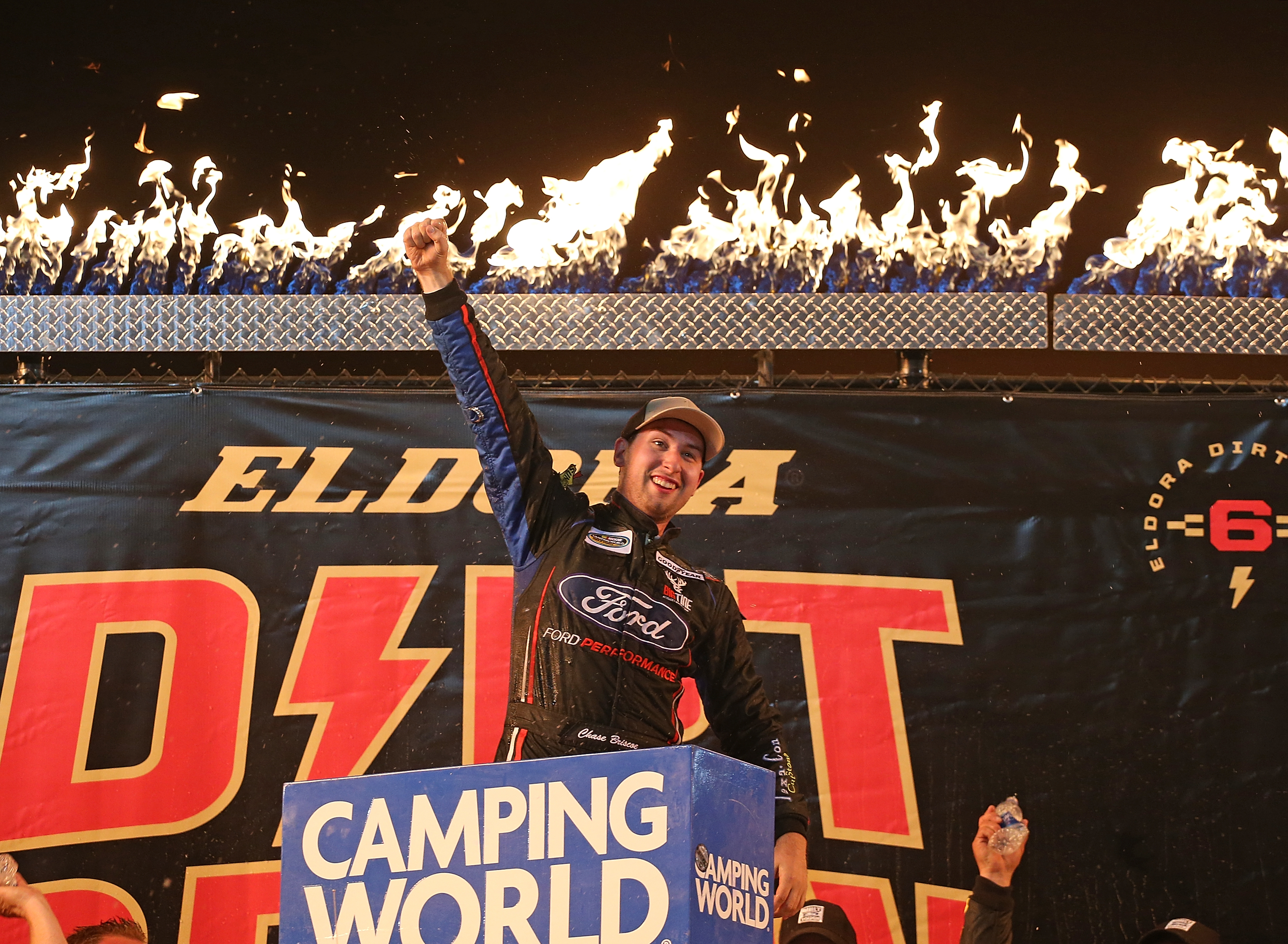 Tony Stewart lobbies for NASCAR Cup Series race at Eldora Speedway