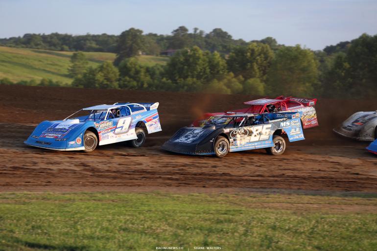 Devin Moran and Mason Zeigler at Muskingum County Speedway 1672