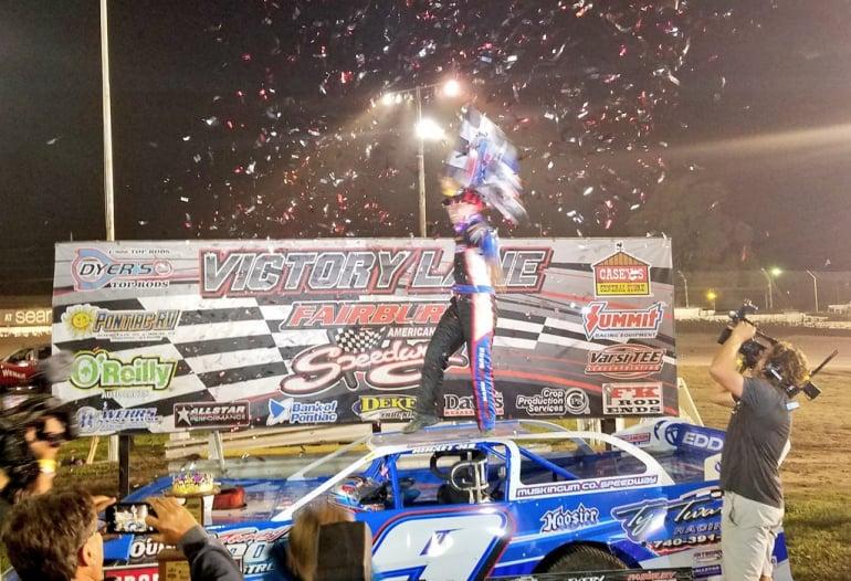 Devin Moran wins the 2018 Prairie Dirt Classic