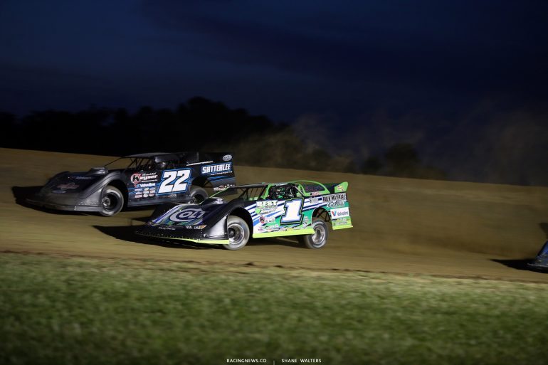 Gregg Satterlee and Josh Richards at Muskingum County Speedway 1792
