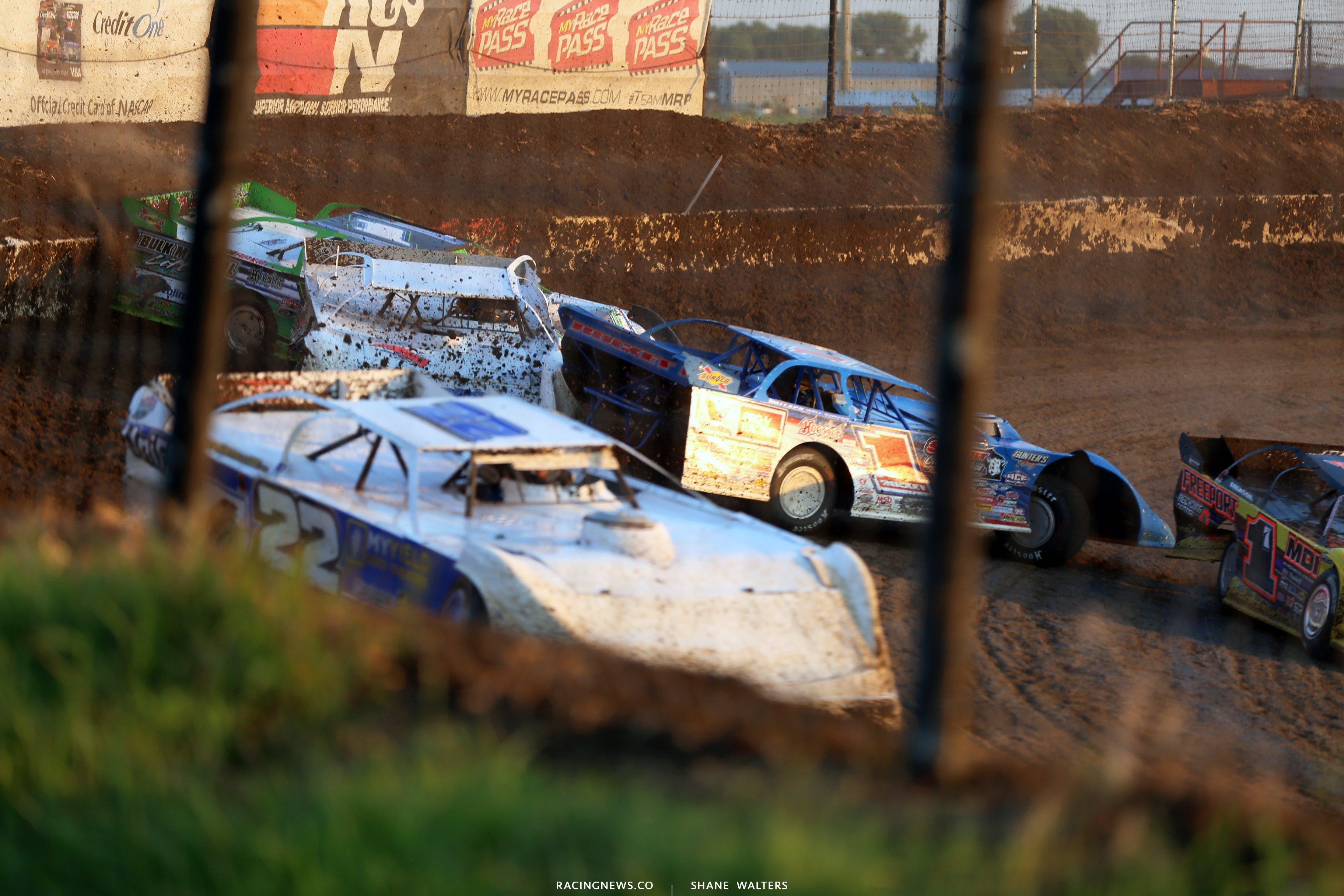 I-80 Speedway crash 4077