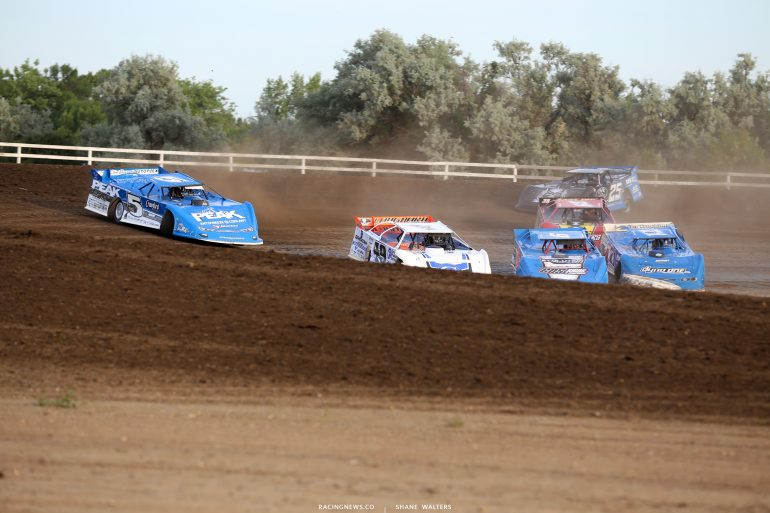 Jonathan Davenport and Don O'Neal at Brown County Speedway 3088