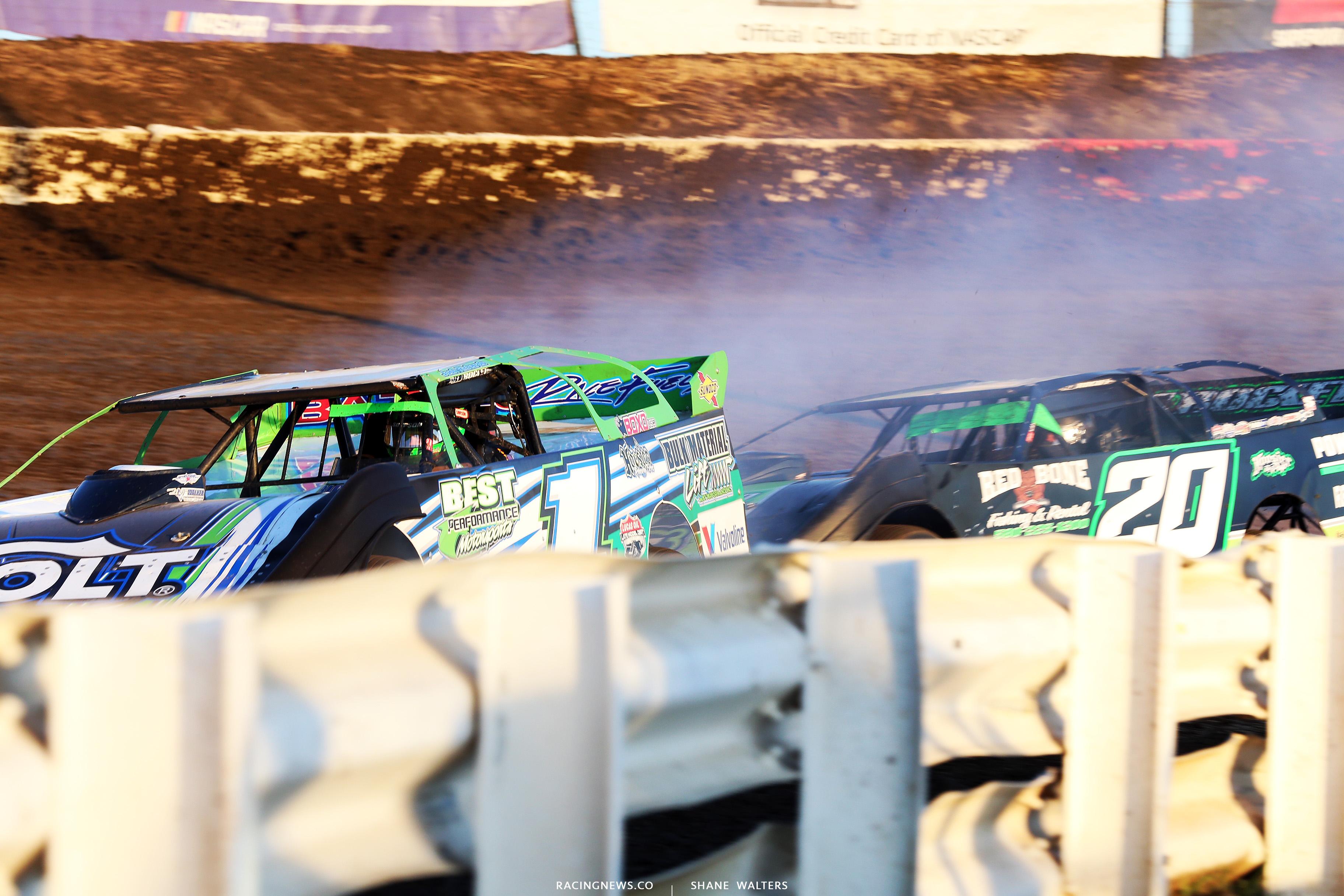 Josh Richards blows an engine at I-80 Speedway 3767