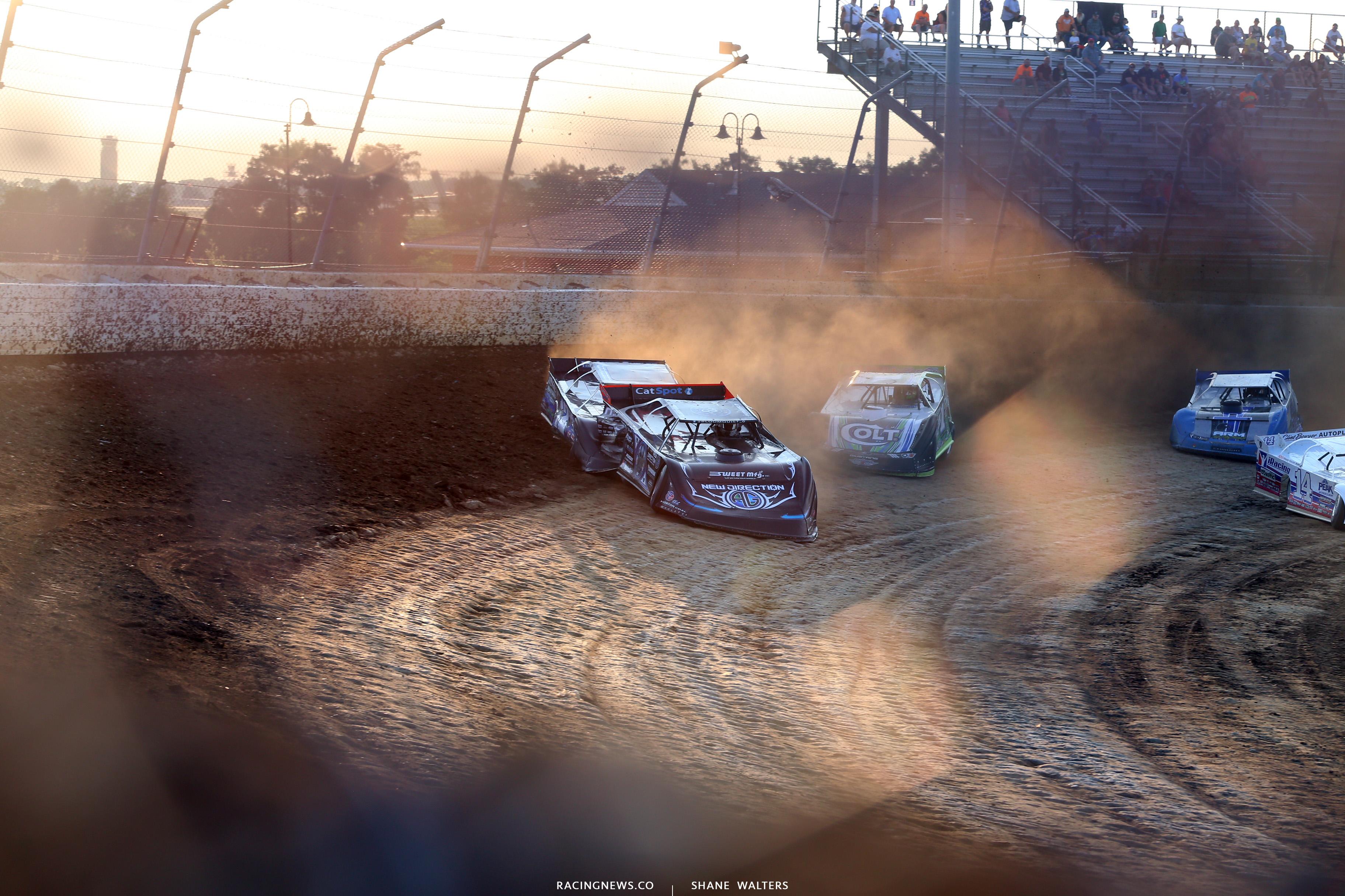 Scott Bloomquist, Jason Jameson and Josh Richards at Mansfield Motor Speedway 0479