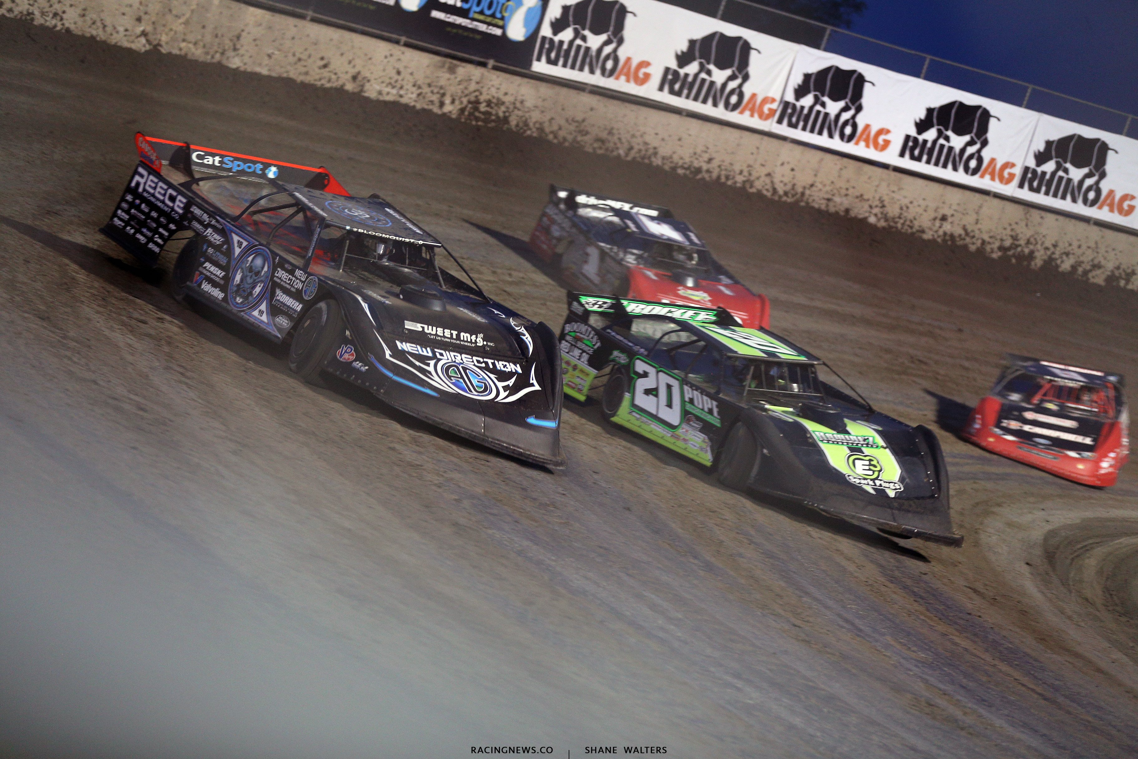 Scott Bloomquist and Jimmy Owens at Tri-City Speedway 2403