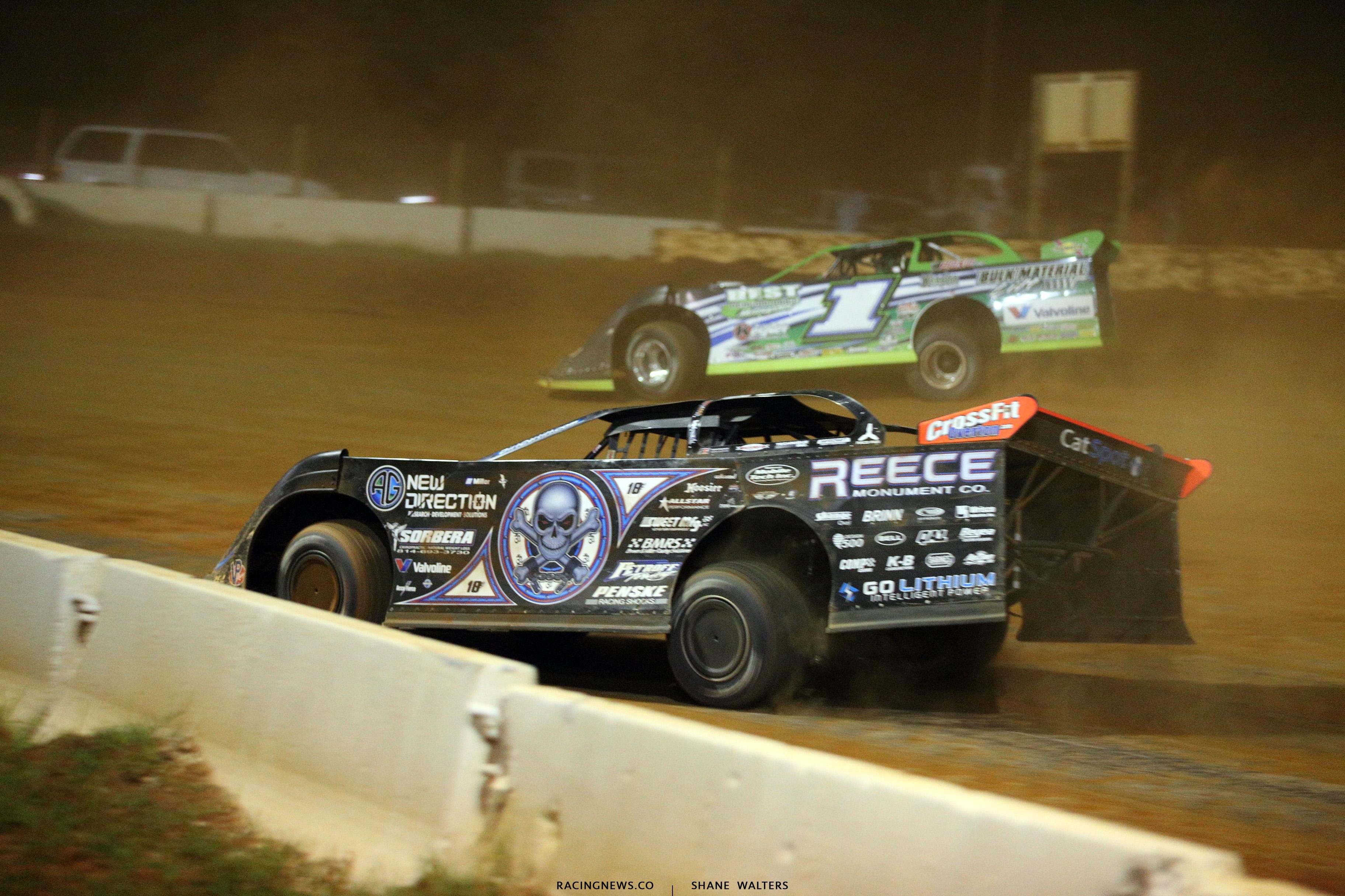 Scott Bloomquist and Josh Richards at Cherokee Speedway