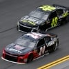 William Byron and Jimmie Johnson at Daytona International Speedway