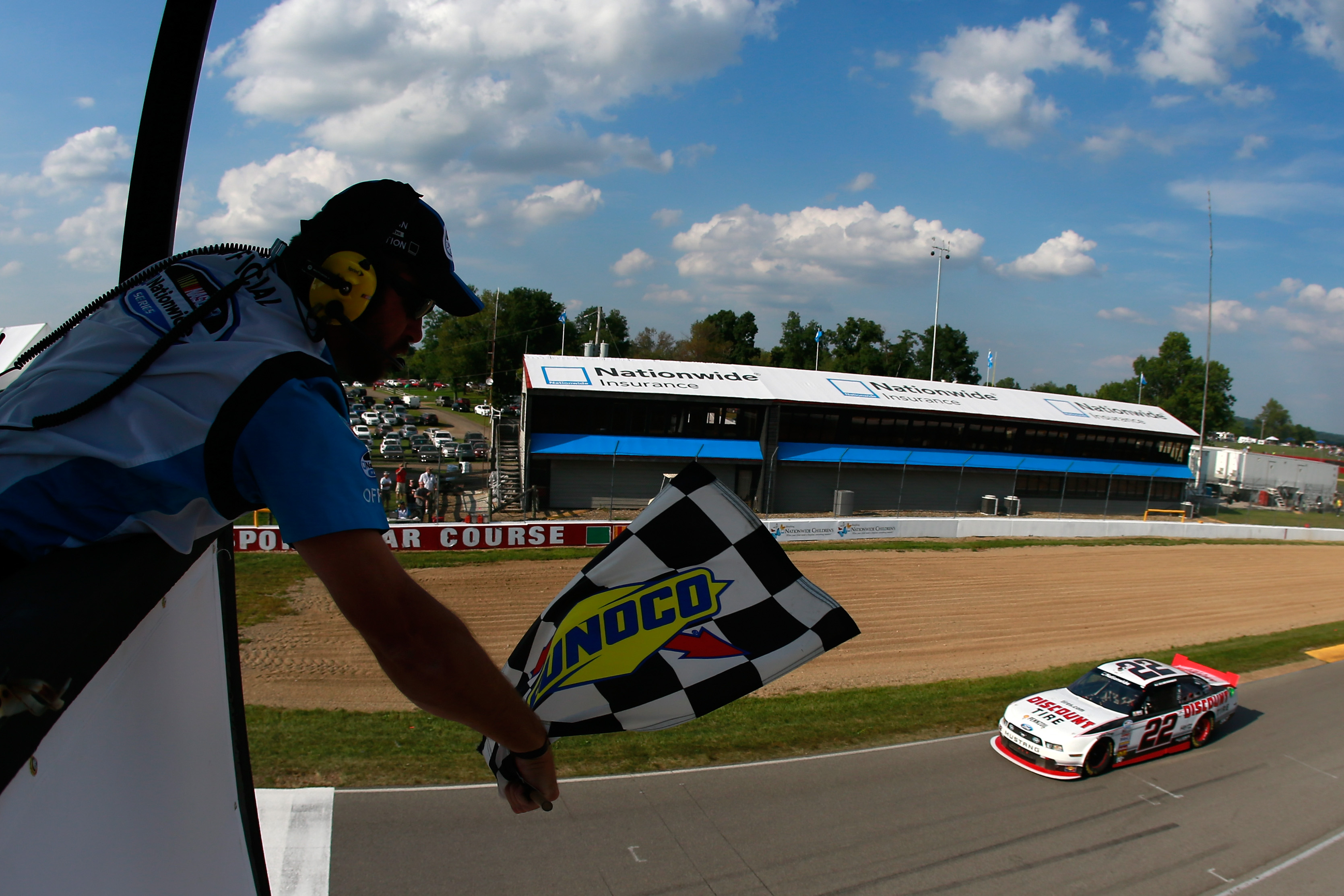 Chase Elliott wins at Watkins Glen