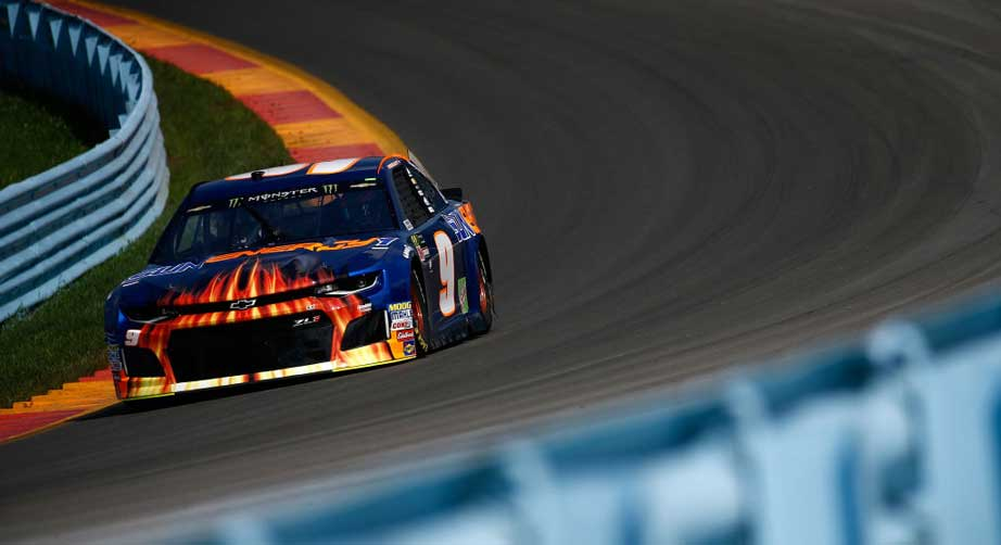 Martin Truex Jr. chasing title as NASCAR's king of the road