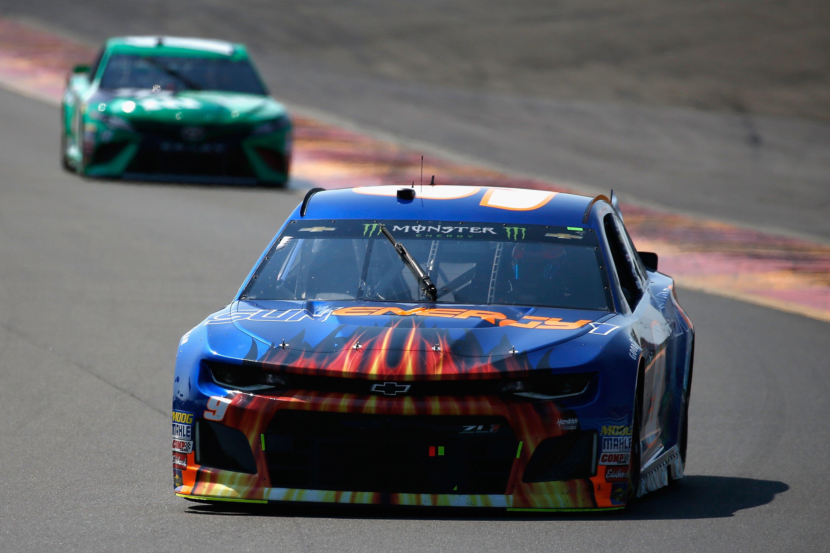 Chase Elliott leads at Watkins Glen International - NASCAR Cup Series