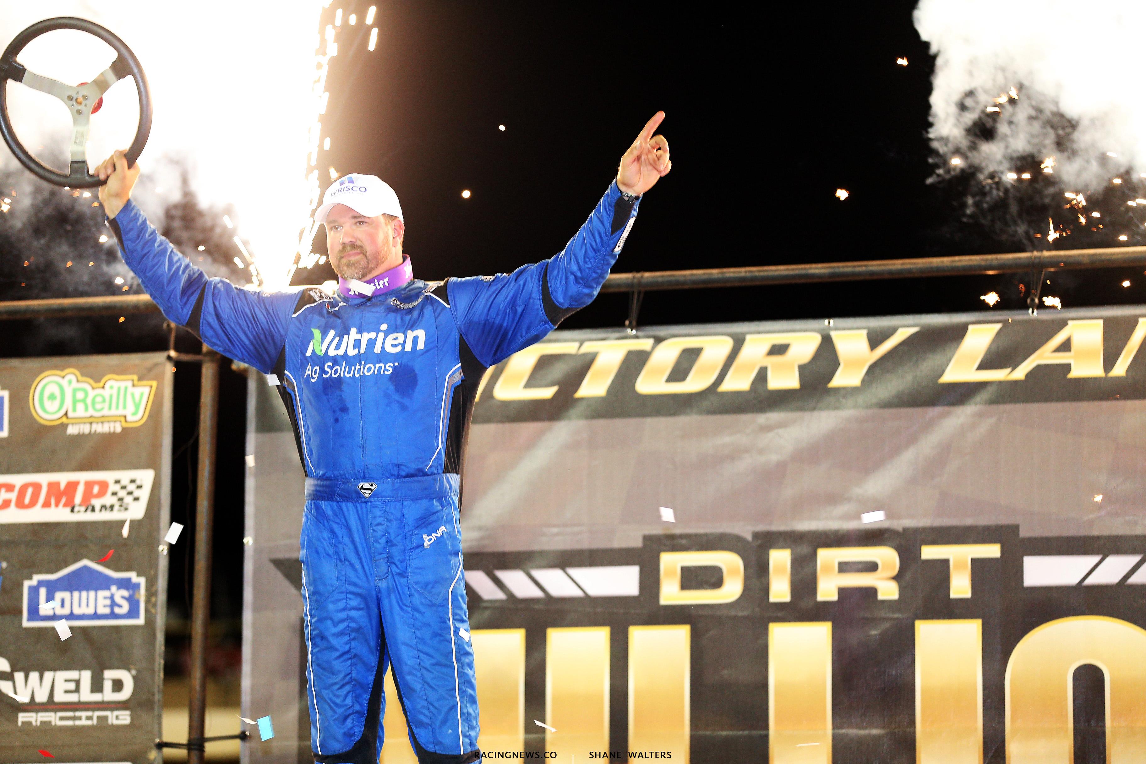 Jonathan Davenport wins at Mansfield Motor Speedway 6184