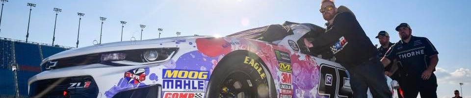 Kasey Kahne to miss three more weeks of racing