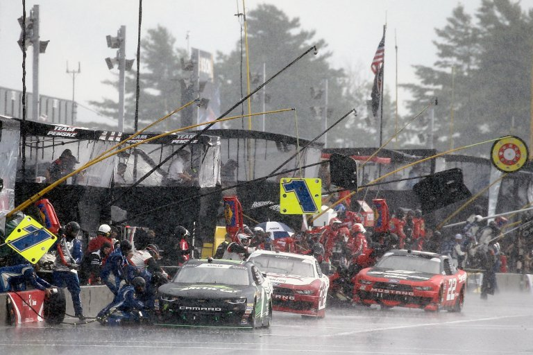 NASCAR removes live pit stops in select events for 2020