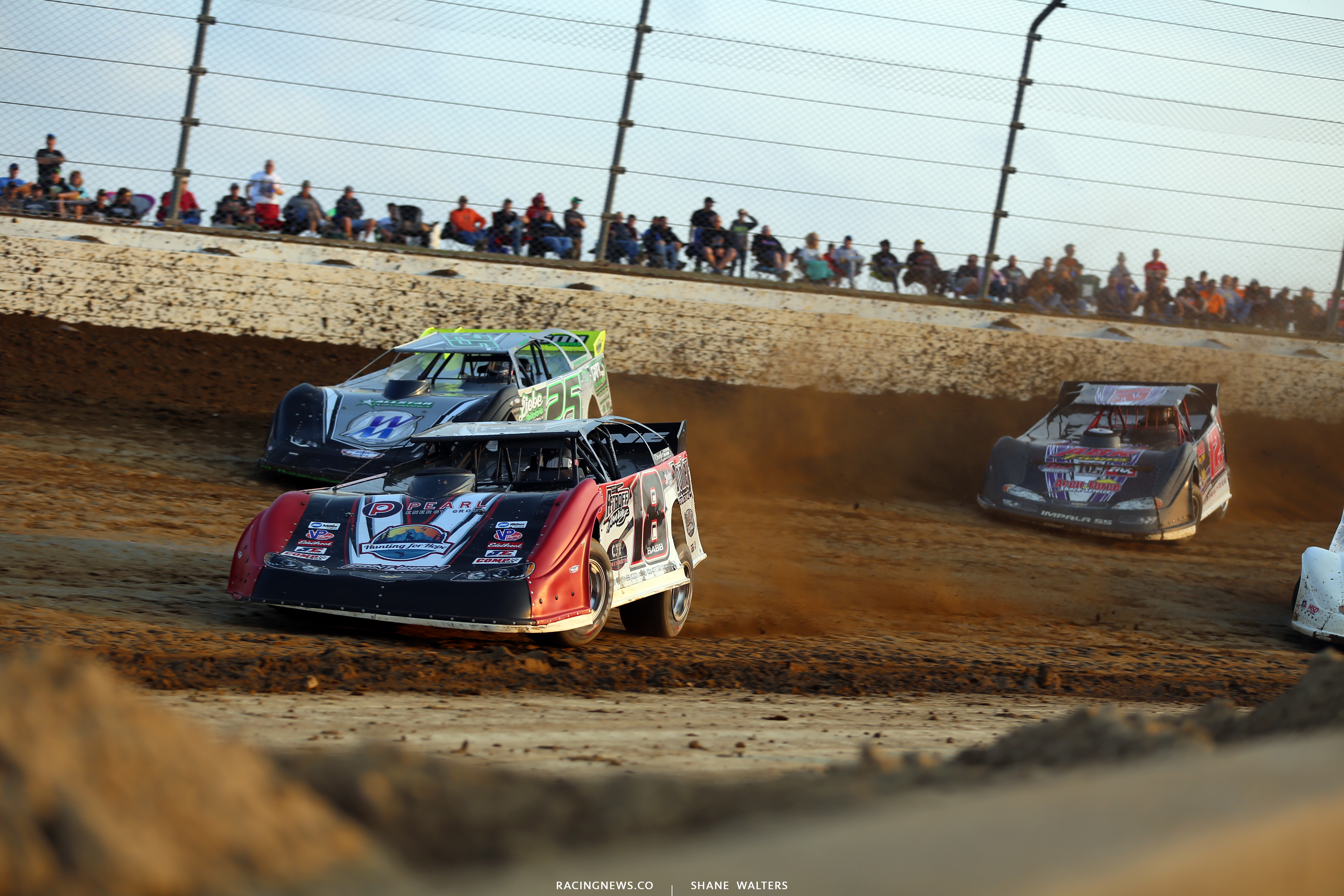 Shannon Babb and Chad Simpson in the Dirt Million at Mansfield Motor Speedway 6326