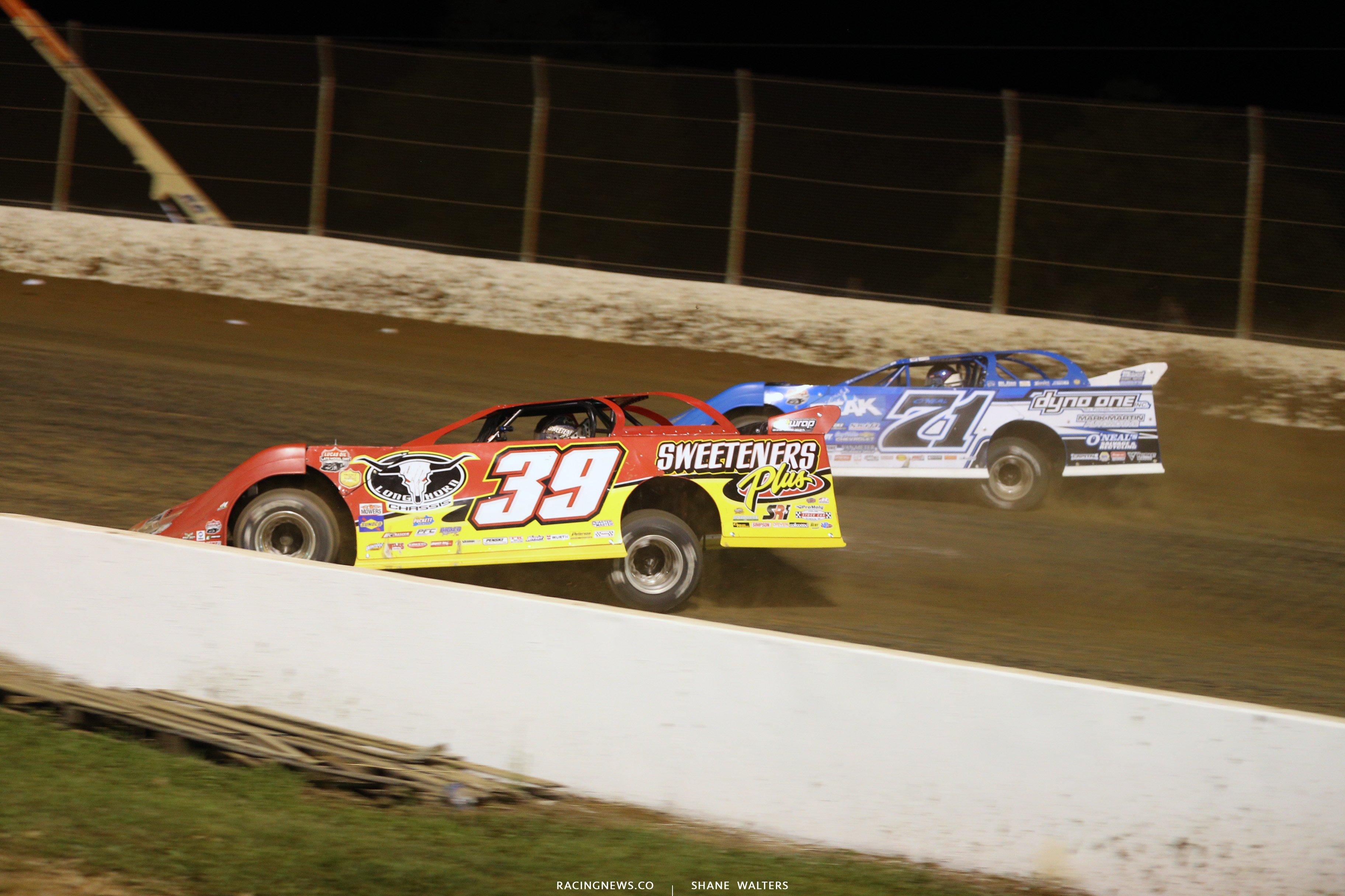 Tim McCreadie and Hudson O'Neal at Florence Speedway 5204