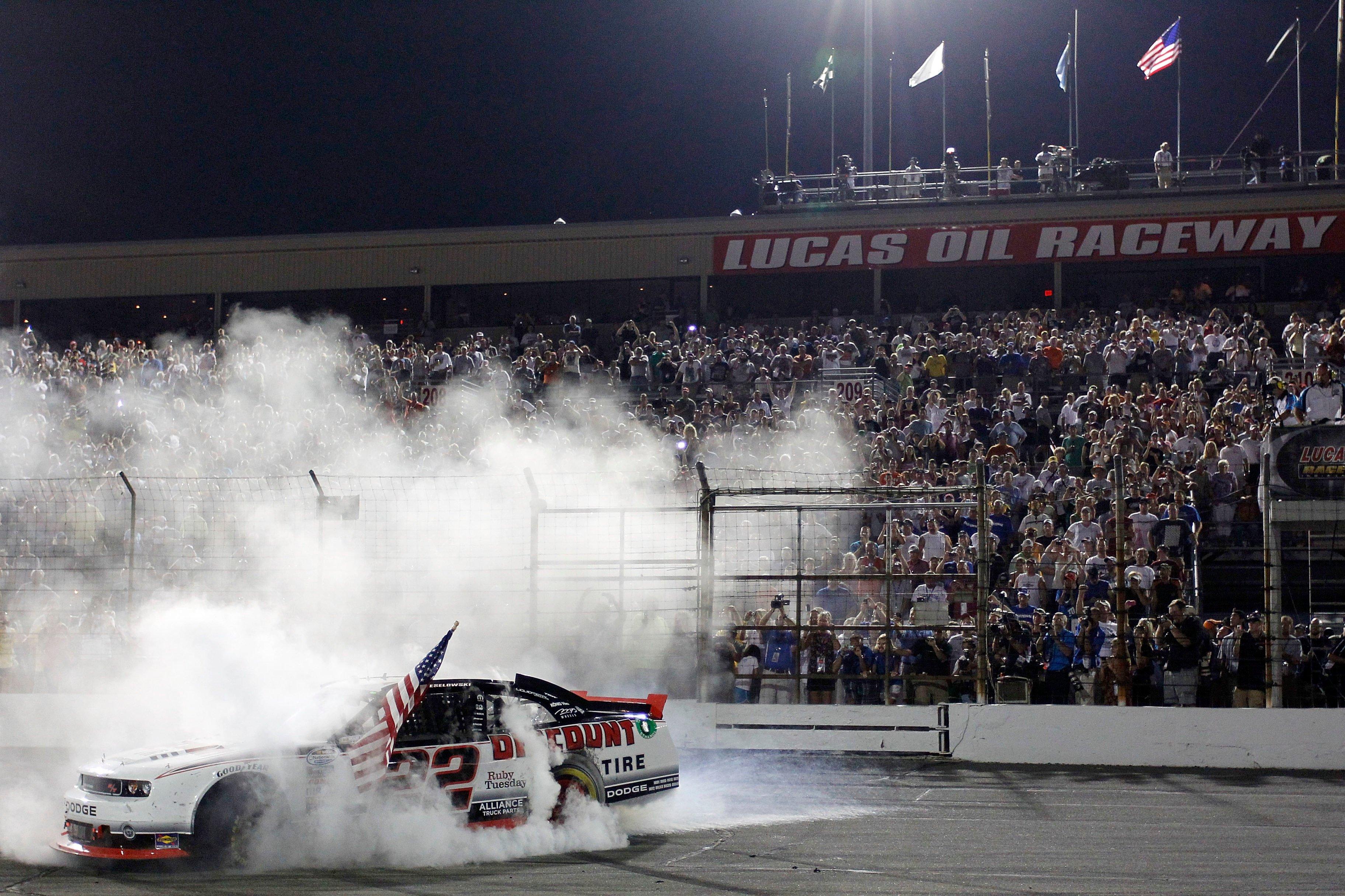 Brad Keselowski wins at Lucas Oil Raceway