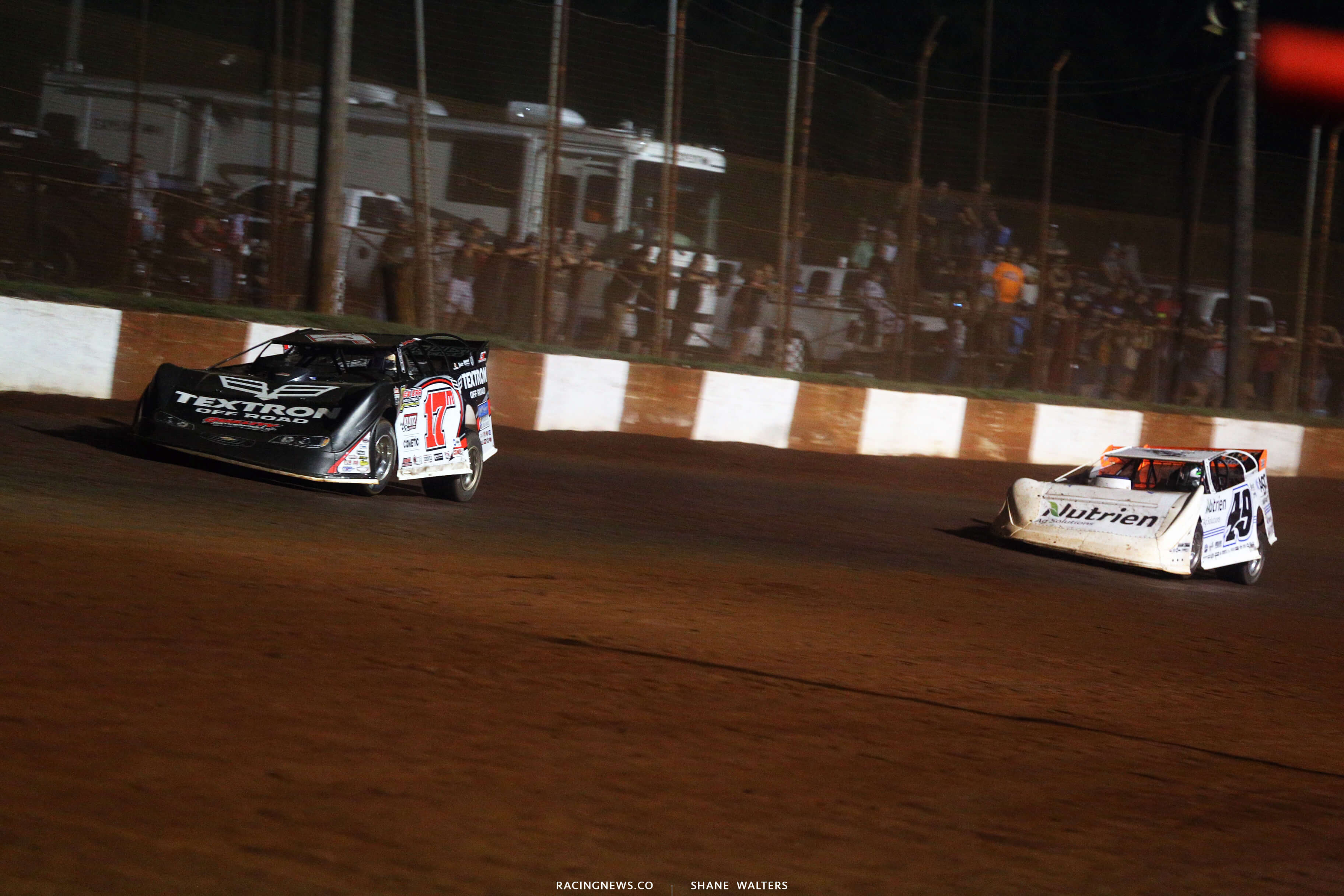 Dale McDowell and Jonathan Davenport at Dixie Speedway 0790