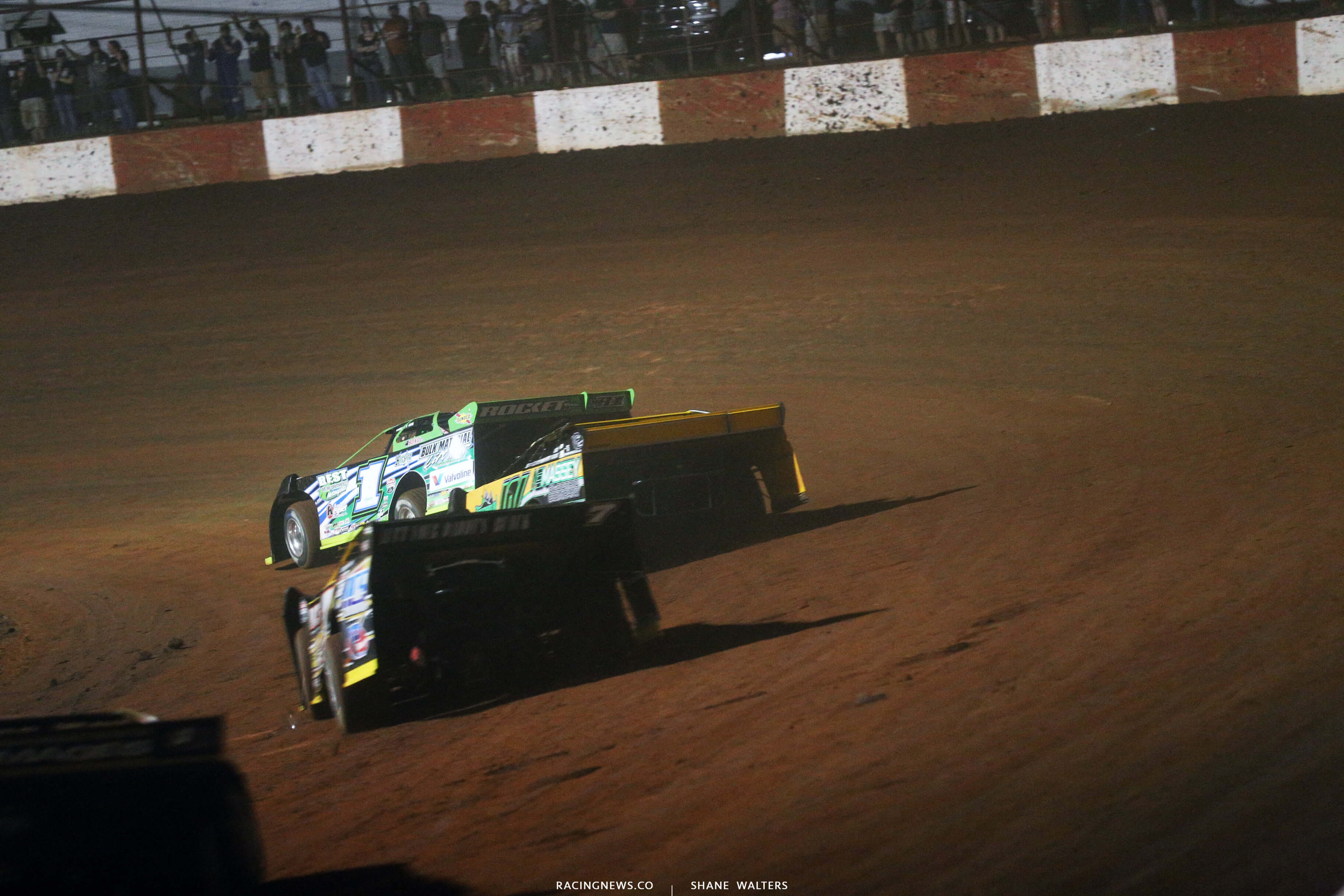Josh Richards leads Casey Roberts at Dixie Speedway 0651