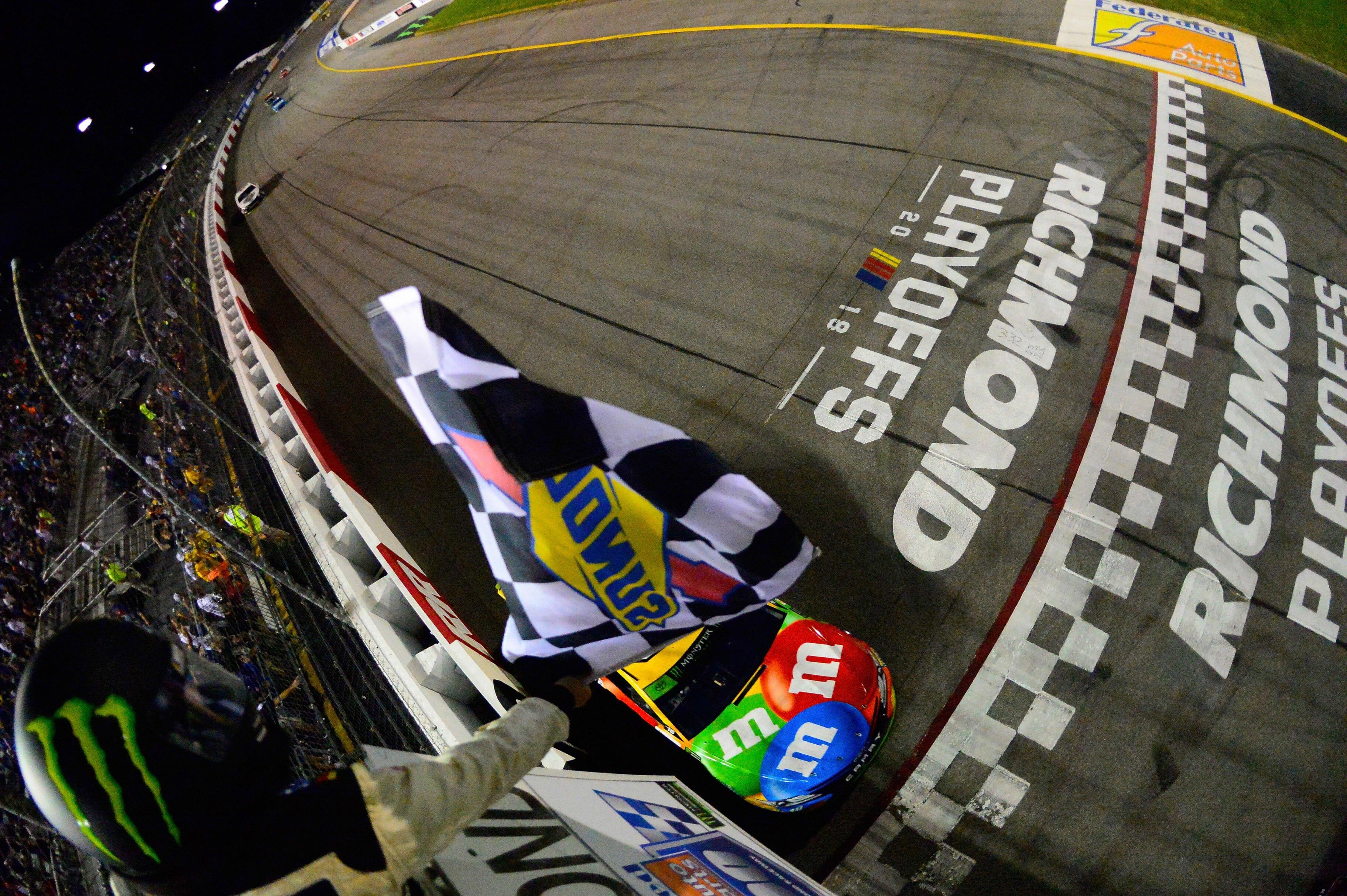 Kyle Busch wins at Richmond Raceway