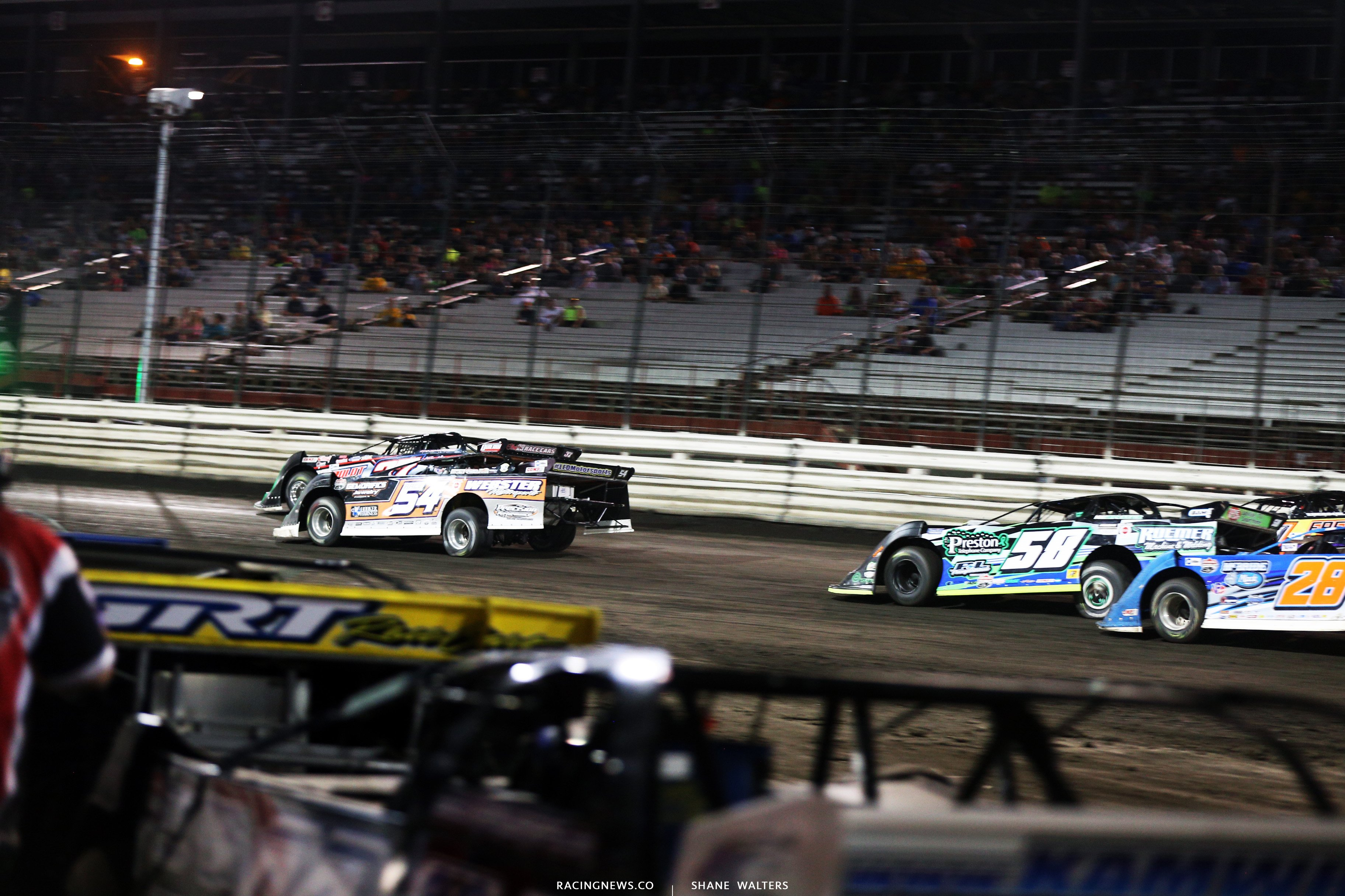 Matt Fryer and Scott Ward at Knoxville Raceway 8759