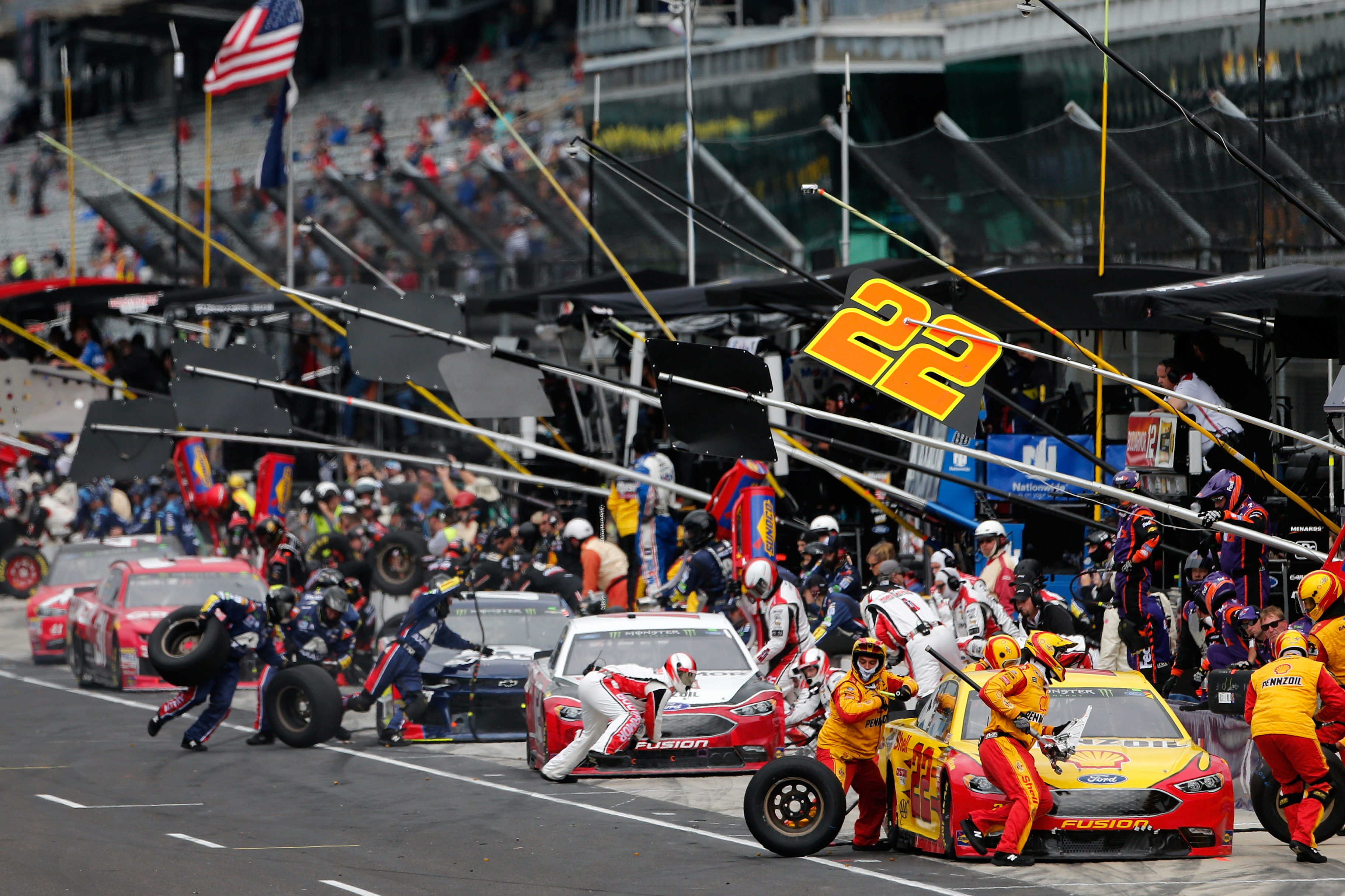 NASCAR pit stops at Indianapolis Motor Speedway