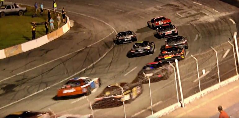 Steve Wallace vsRaphael Lessard at Orange County Speedway