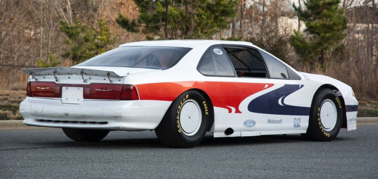 1989 Ford Thunderbird Super Coupe - Talladega Superspeedway