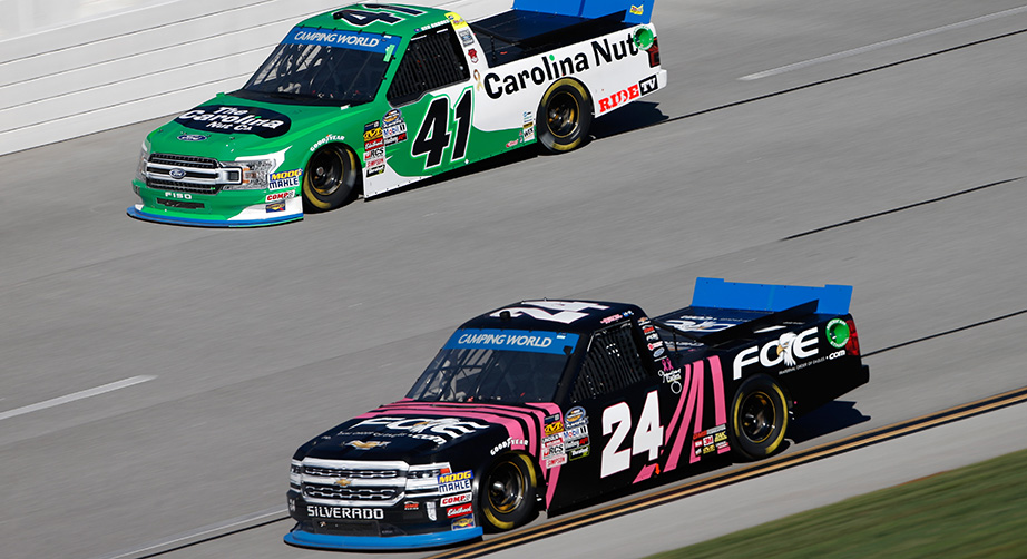 NASCAR Camping World Truck Series Fr8Auctions - Practice