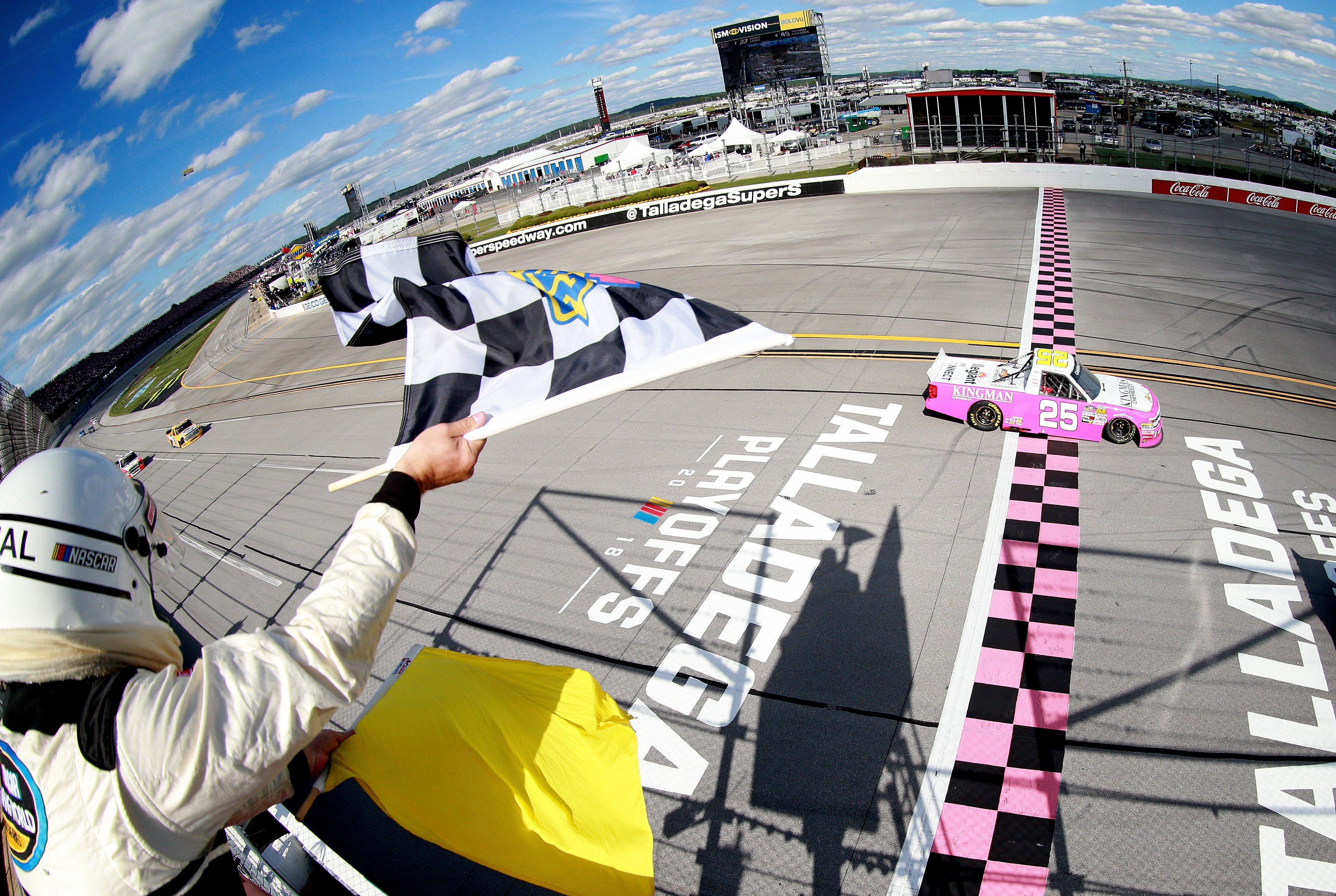 Timothy Peters wins at Talladega Superspeedway