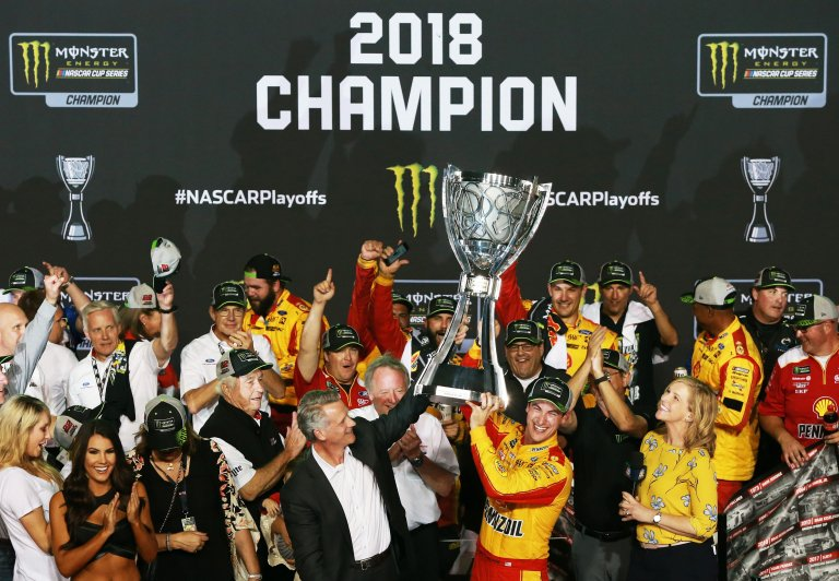 2018 NASCAR champion Joey Logano and NASCAR President Steve Phelps with Team Penske at Homestead-Miami Speedway