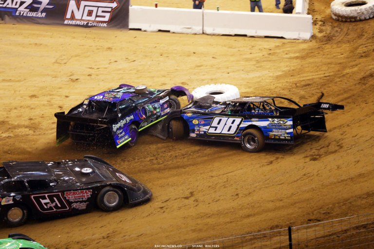 Cory Ford and Eric Hickerson crash in the Gateway Dirt Nationals 3862