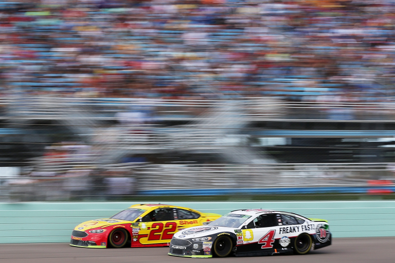 Kevin Harvick and Joey Logano at Homestead-Miami Speedway