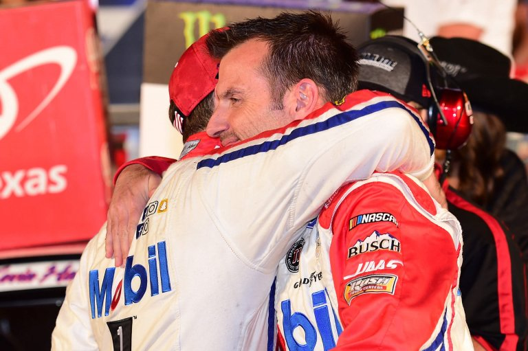 Kevin Harvick and Rodney Childers in victory lane at Texas Motor Speedway