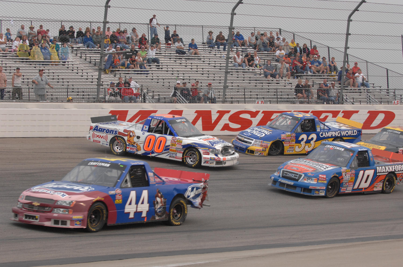 Mansfield Motor Speedway - NASCAR race
