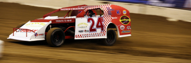 Shaun Horstmann debuts a Mike Harrison throwback wrap at The Dome