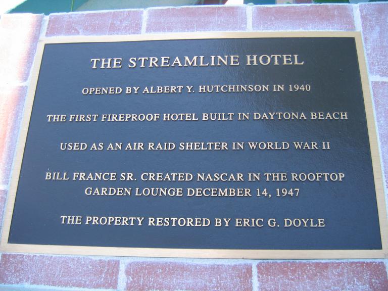 The Streamline Hotel - NASCAR